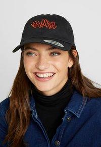Urban Classics - SAVAGE CAP - Cap - black - 4