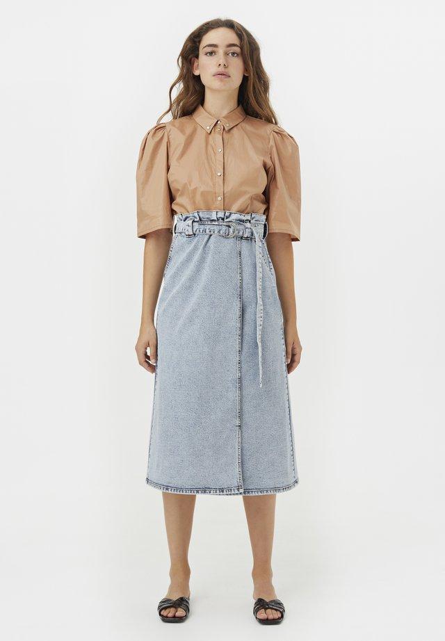 NOMIAGZ  - Button-down blouse - dark sand