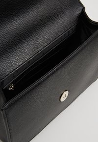 DKNY - ELISSA SHOULDER FLAP - Across body bag - black - 4