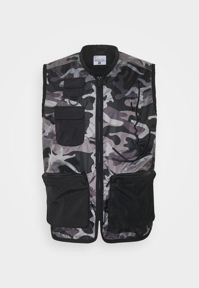 SIGNATURE UTILITY VEST - Waistcoat - black