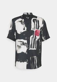 JOUSEFF ART - Vapaa-ajan kauluspaita - black art