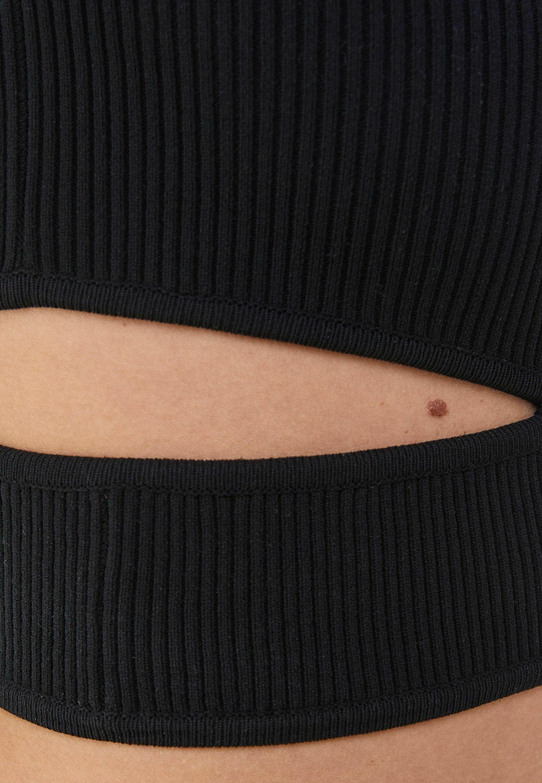 Femme MIT CUT-OUTS AN DER SEITE - Pullover
