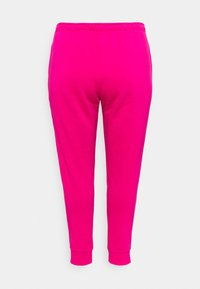 Nike Sportswear - PANT - Tracksuit bottoms - fireberry/white - 7