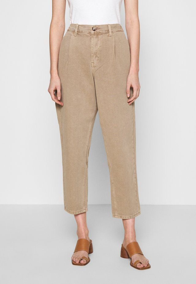 MILNA PANT - Jeans relaxed fit - silver mink