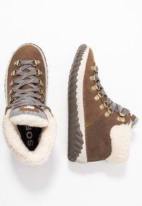 Sorel - OUT N ABOUT PLUS CONQUES - Ankle boots - elk - 3
