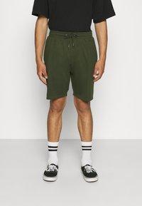 Newport Bay Sailing Club - SMART 2 PACK - Shorts - black/khaki - 1