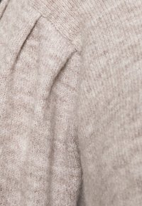 Pieces Curve - PCPAM O NECK - Jumper - warm taupe - 6