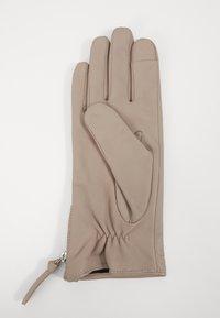 Royal RepubliQ - GROUND GLOVES TOUCH - Gloves - sand - 1