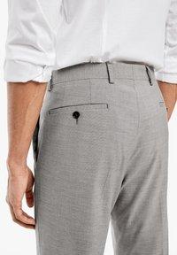 s.Oliver BLACK LABEL - Suit trousers - brown melange - 5