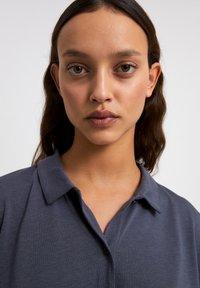 ARMEDANGELS - NAALA - Button-down blouse - indigo - 3
