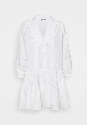 GALILEA DRESS - Robe d'été - weiß