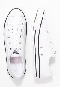 Converse - CHUCK TAYLOR ALL STAR DAINTY BASIC  - Tenisky - white/black/white - 3