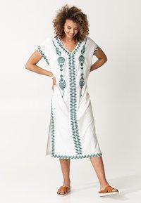 Indiska - BORA BORA - Robe d'été - white - 0