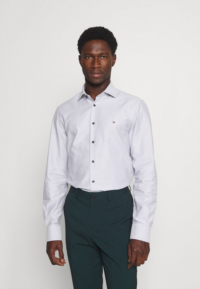 Tommy Hilfiger Tailored - DOBBY TEXTURE SHIRT - Formal shirt - white/navy