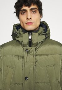 Tommy Hilfiger - Down coat - green - 5