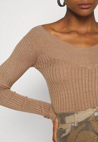 Even&Odd - BARDOT NECKLINE - Pullover - camel - 5