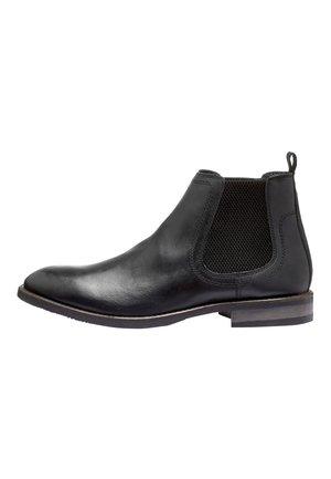BLACK LEATHER CHELSEA BOOTS - Nilkkurit - black