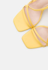 RAID - RUPA - High heeled sandals - vanilla - 5