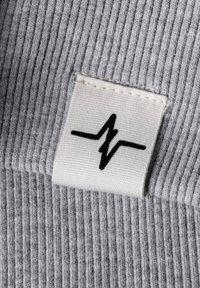 Spitzbub - SPITZBUB HOODED ZIP OLIVER - Zip-up hoodie - grau/grün - 6