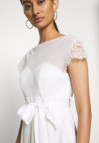 Dorothy Perkins - BRIDAL CAMILLA COWL BACK MAXI DRESS - Occasion wear - ivory - 5