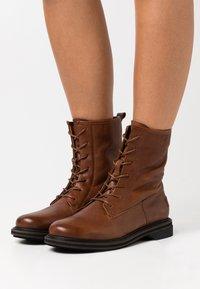 Shabbies Amsterdam - Lace-up ankle boots - cognac - 0