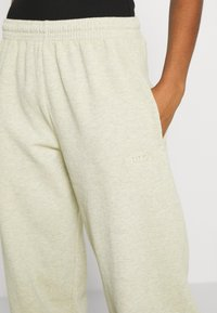 BDG Urban Outfitters - Tracksuit bottoms - sand - 4