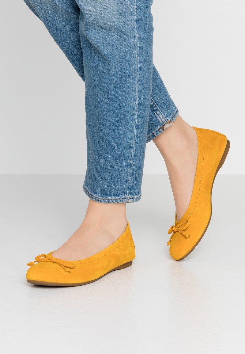 Gabor - Ballet pumps - mango