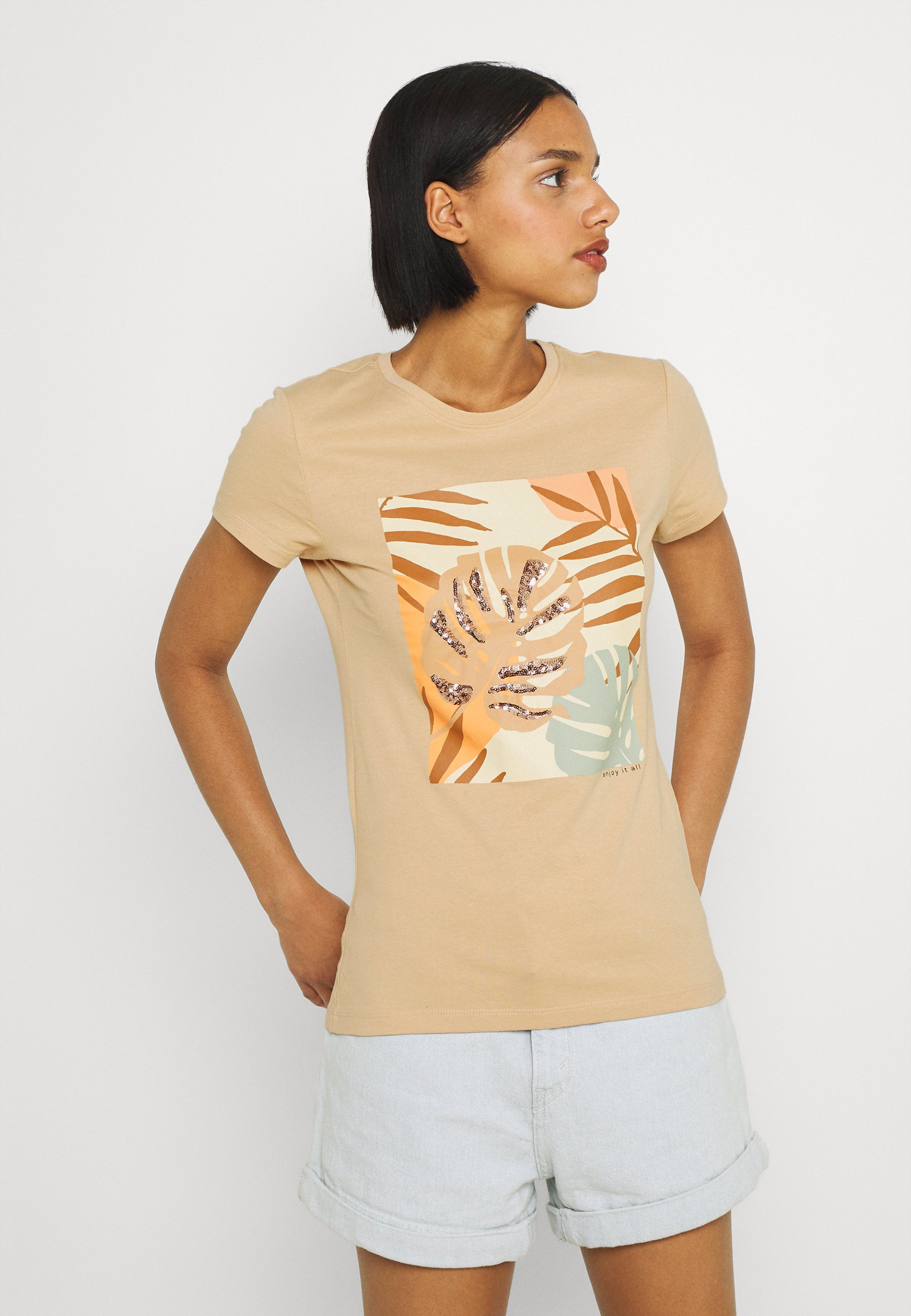 Women ONLMAYA LIFE FIT BOX - Print T-shirt