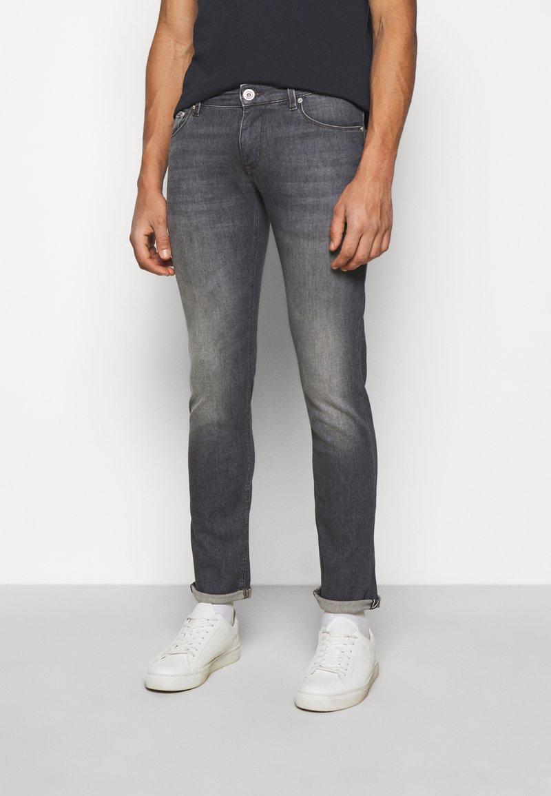JOOP! Jeans - STEPHEN - Slim fit jeans - silver