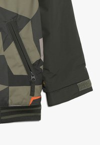 Burton - GAME DAY  - Kurtka snowboardowa - dark green - 2