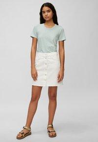 Marc O'Polo DENIM - Print T-shirt - multi/milky mint - 1