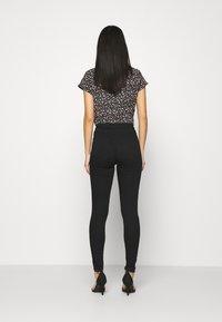Marks & Spencer London - Jeans Skinny Fit - black denim - 2