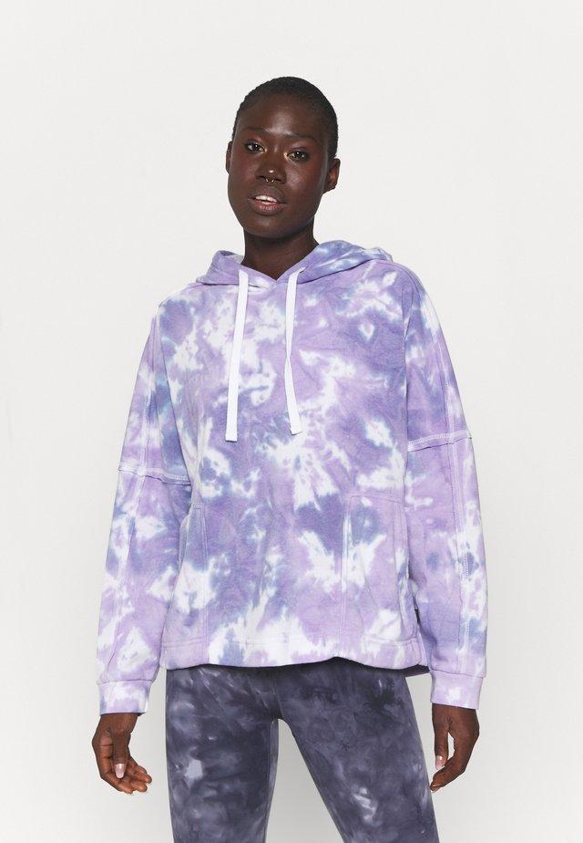 LIFESTYLE RELAXED HOODIE - Sweatshirt - purple