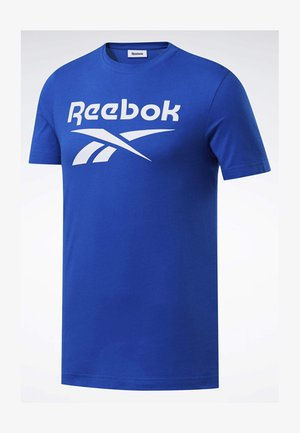 GRAPHIC SERIES REEBOK STACKED TEE - Print T-shirt - humble blue