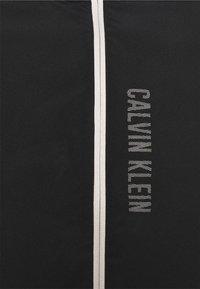 Calvin Klein Performance - VEST - Waistcoat - black - 2