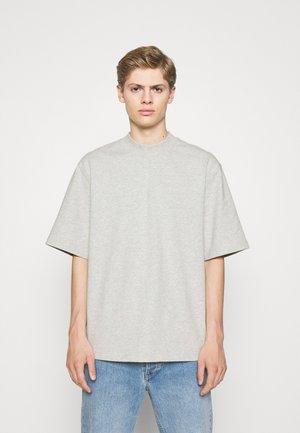 DISTRESSED TEE SHORT SLEEVE - Basic T-shirt - distressed dark grey
