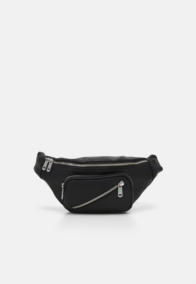 DIAGONAL ZIP BUMBAG - Bæltetasker - black