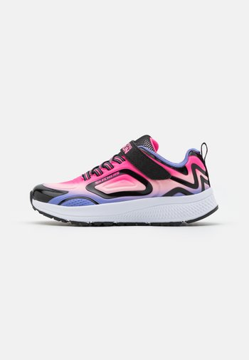 GO RUN CONSISTENT UNISEX - Neutral running shoes - black/multicolor