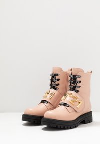 N°21 - Lace-up ankle boots - pink - 3