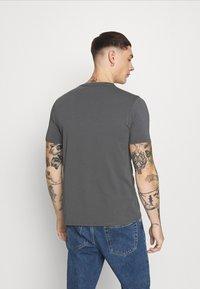 Alessandro Zavetti - SAVAGE TEE - T-shirt imprimé - grey - 2