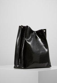 Becksöndergaard - SOLID KAYNA BAG - Shoppingveske - black - 3