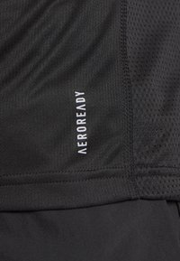 adidas Performance - RESPONSE RUNNING SHORT SLEEVE TEE - T-shirt z nadrukiem - black - 5