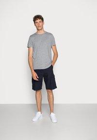 Hollister Co. - CREW 3 PACK - T-shirts basic - navy/burgundy/grey - 0