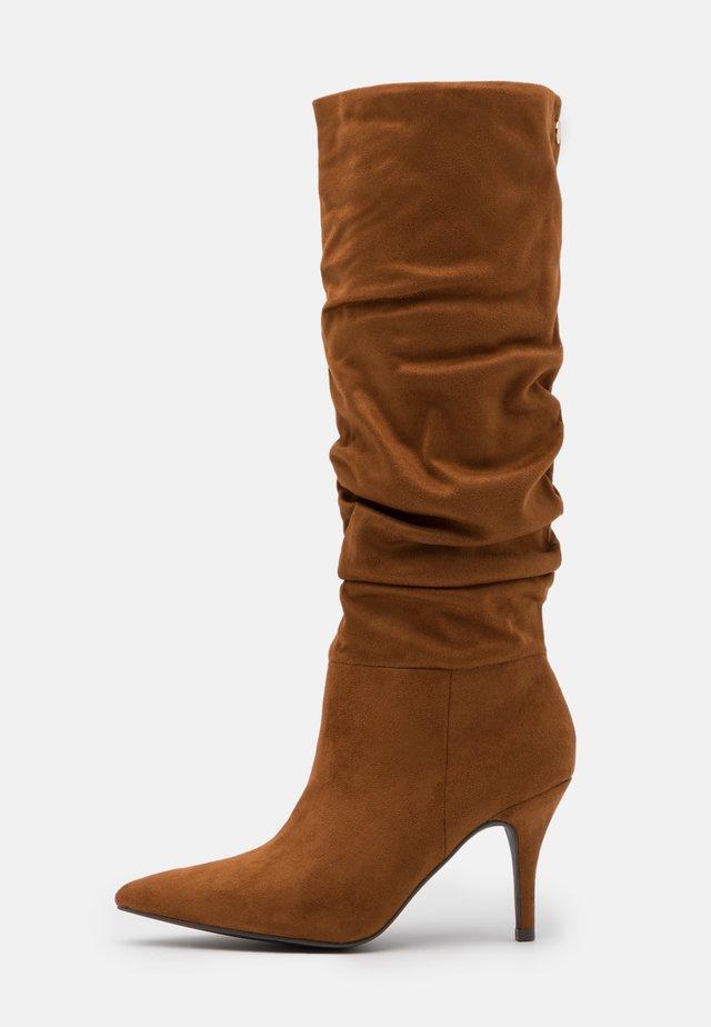 VLOUCH - High heeled boots - cognac