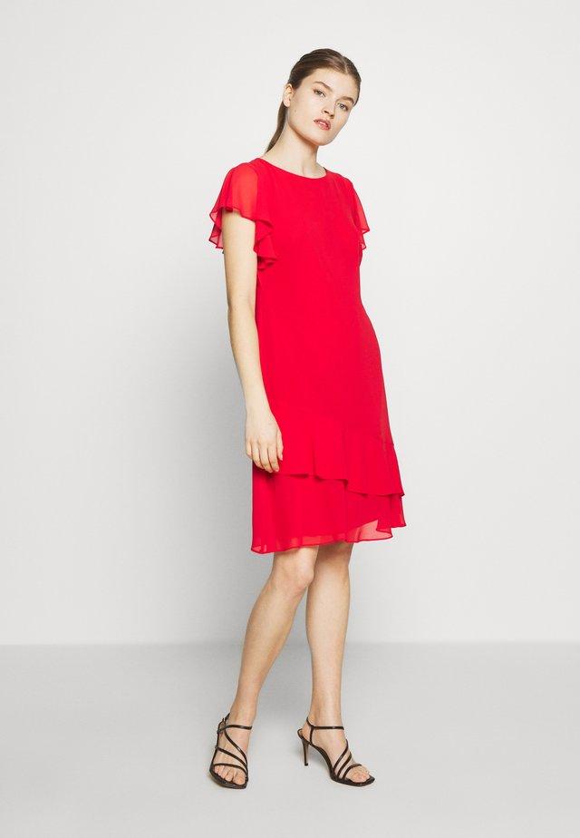 CLASSIC SOLID DRESS - Vapaa-ajan mekko - persimmon