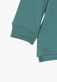 Cotton On - TOM - T-shirt à manches longues - deep sea green/floss - 2