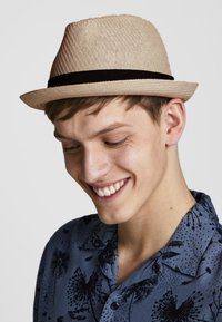 Jack & Jones - Hat - silver birch - 0