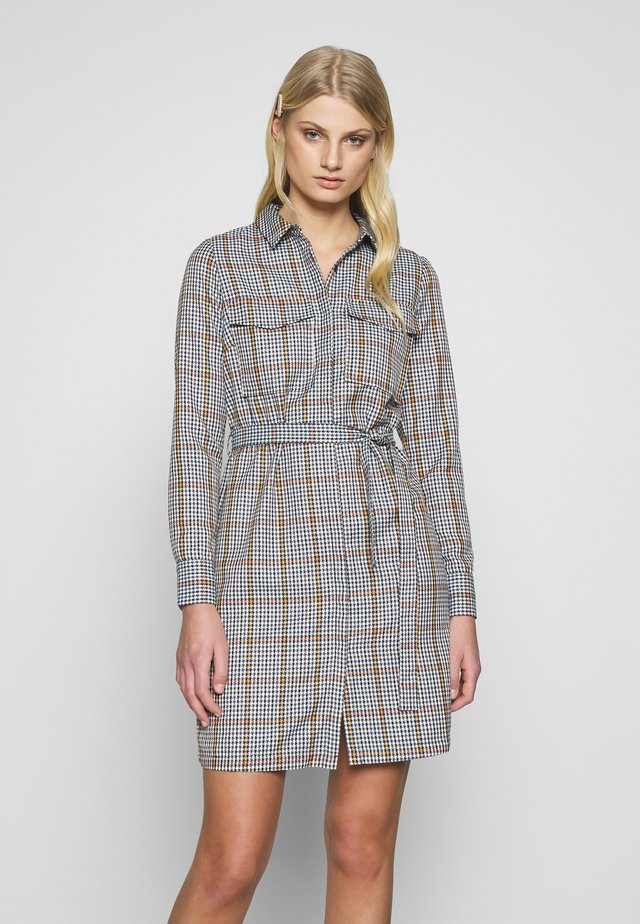 AVELINA DRESS - Shirt dress - marmelade