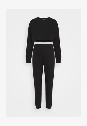 CROP JOGGER COORD SET - Tracksuit bottoms - black