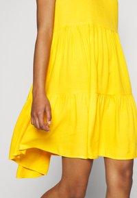 YAS - YASSENELA DRESS - Sukienka letnia - citrus - 6
